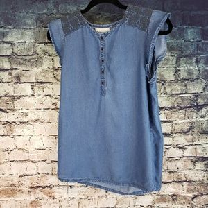 Hinge Chambray Top